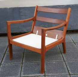 ole wanscher 'senator' lounge chairs + sofas