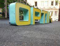 neon-schriftzug 'OPTIK', 60er